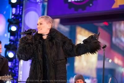 Jessie J NYE 2016